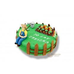 Tort z figurką ogrodnika