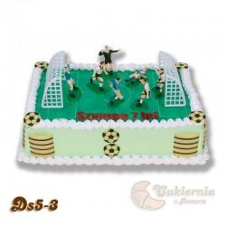 Tort w kształcie boiska z piłkarzami